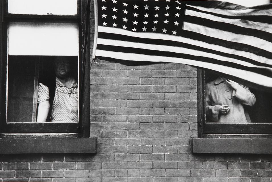 Robert-Frank-Parade-Hoboken-NJ-1955