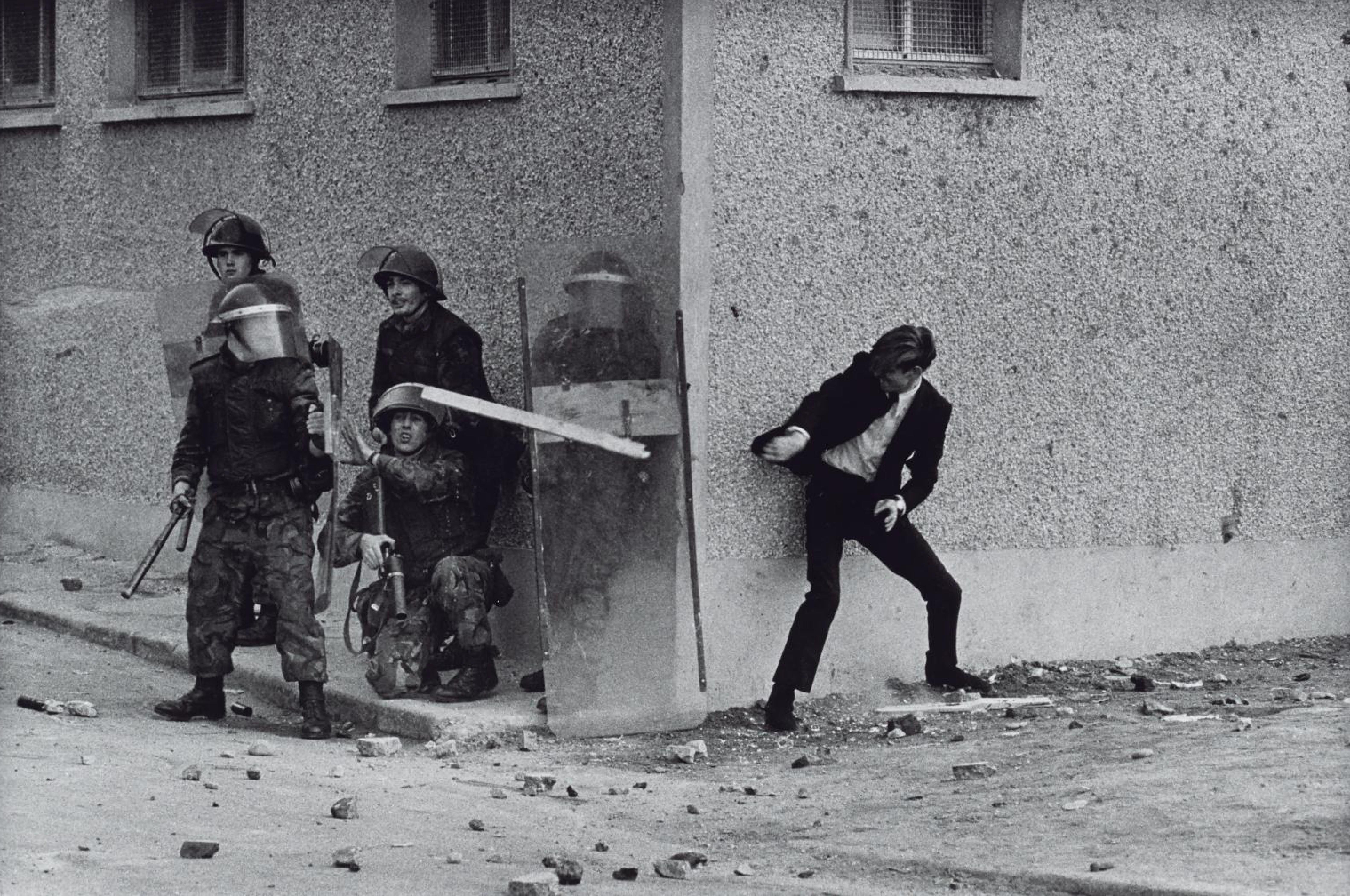 Don McCullin, Belfast*-01