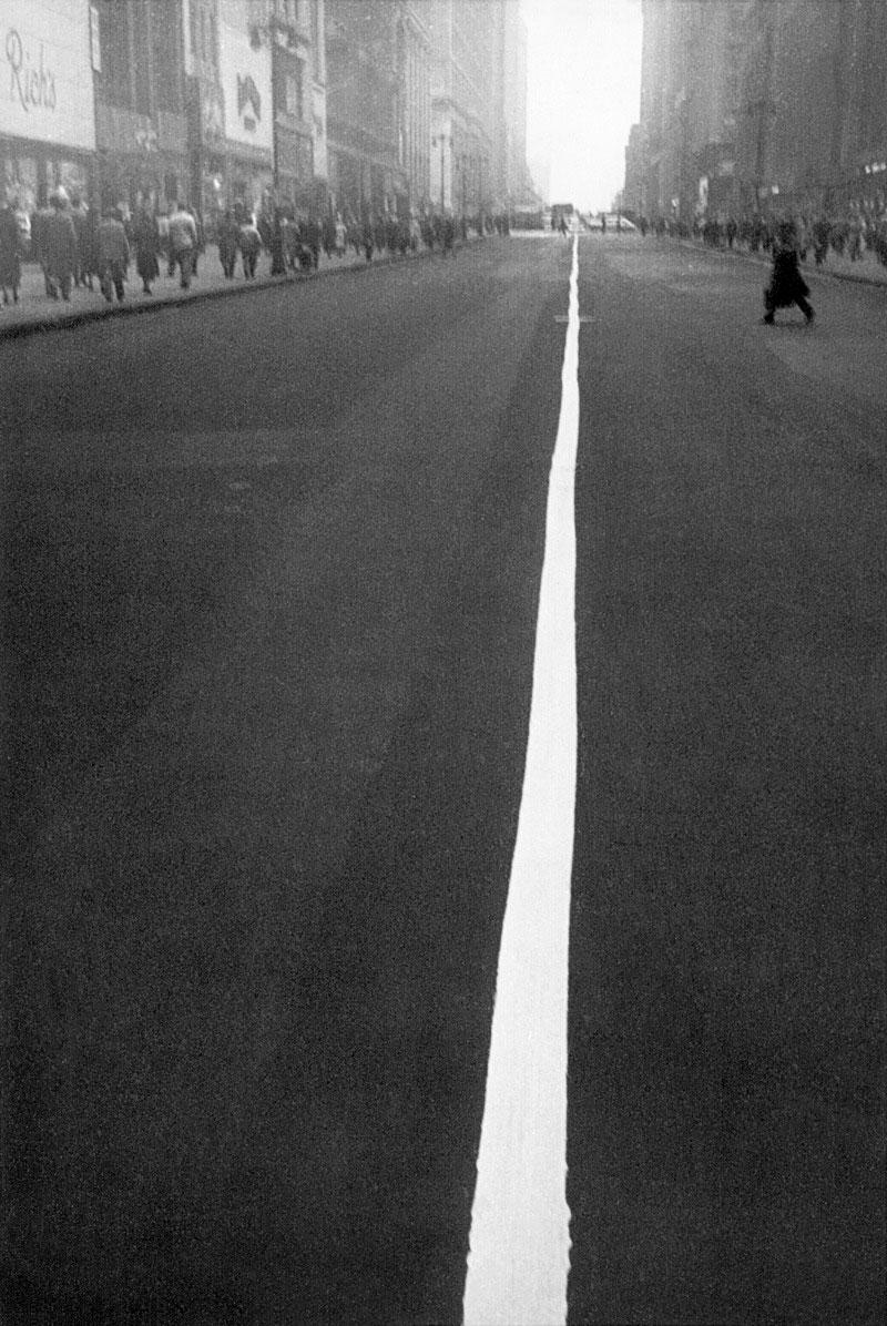 'New York City' Robert Frank, 1951.jpg